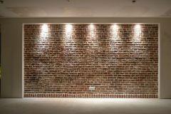 26- Mur en fausse brique artisanal fait à la main